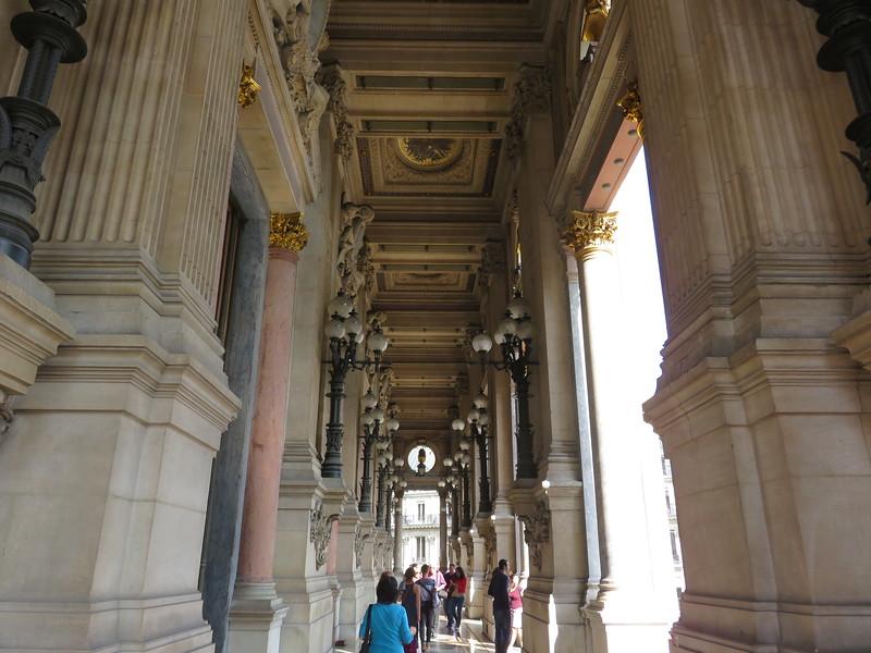 513 - Palais-Garnier - Balcony-Off-Main-Foyer-1