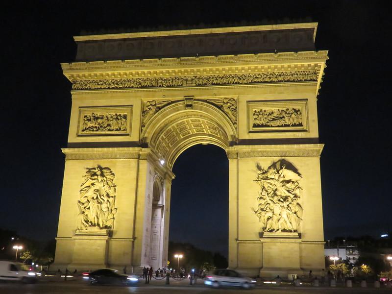 457 - Paris - Arc-De-Triomphe-Exterior-At-Night