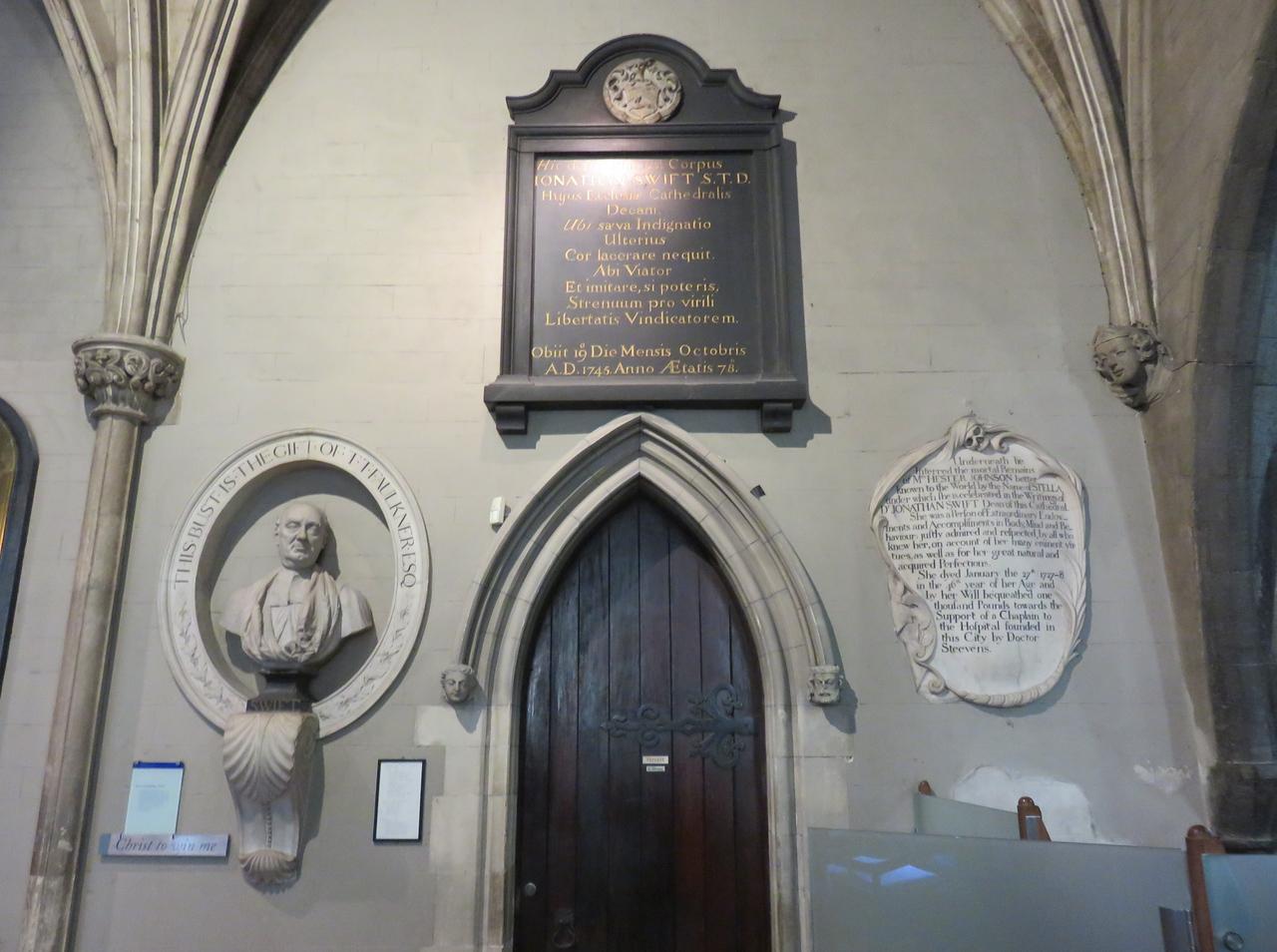 027 - Dublin - St-Patricks-Cathedral - Tomb-Of-Jonathan-Swift