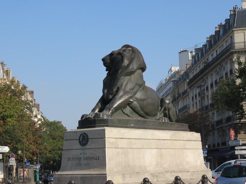 460 - Paris - Le-Lion-De-Belfort-In-Montparnasse