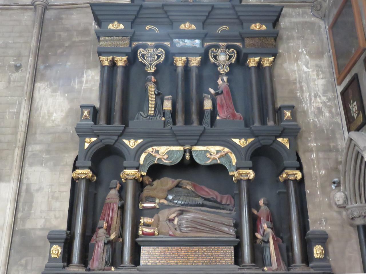 028 - Dublin - St-Patricks-Cathedral-Interior-2