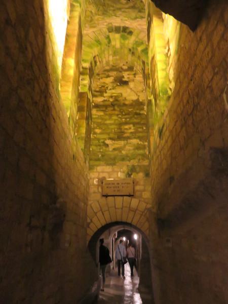 483 - Paris-Catacombs - Ossuary-Exit