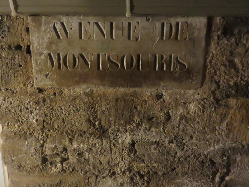 462 - Paris-Catacombs - Avenue-De-Montsouris