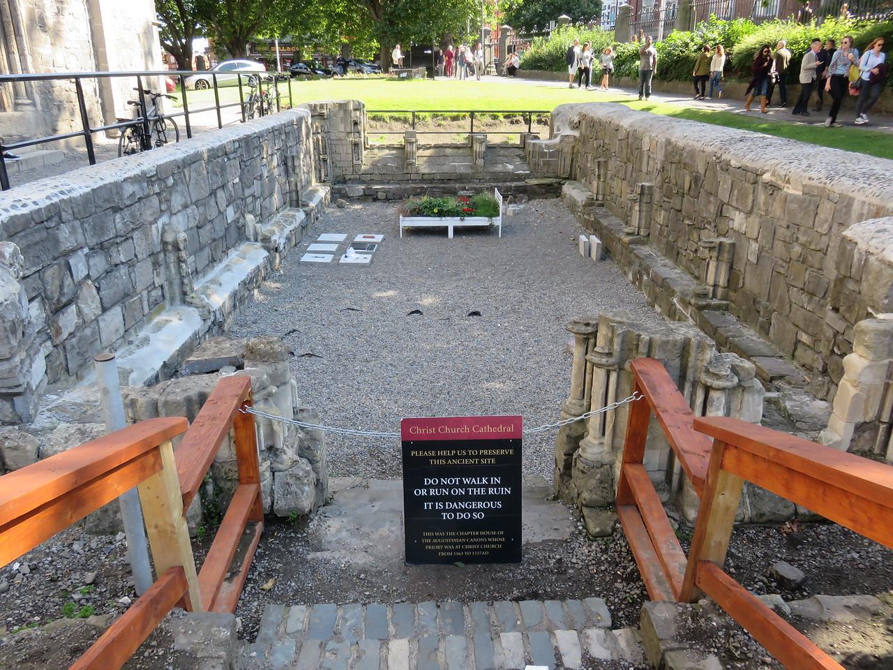 019 - Dublin - Christ-Church-Cathedral-Ruins