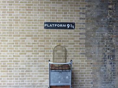 0006 - Hogwarts Platform at King's Cross