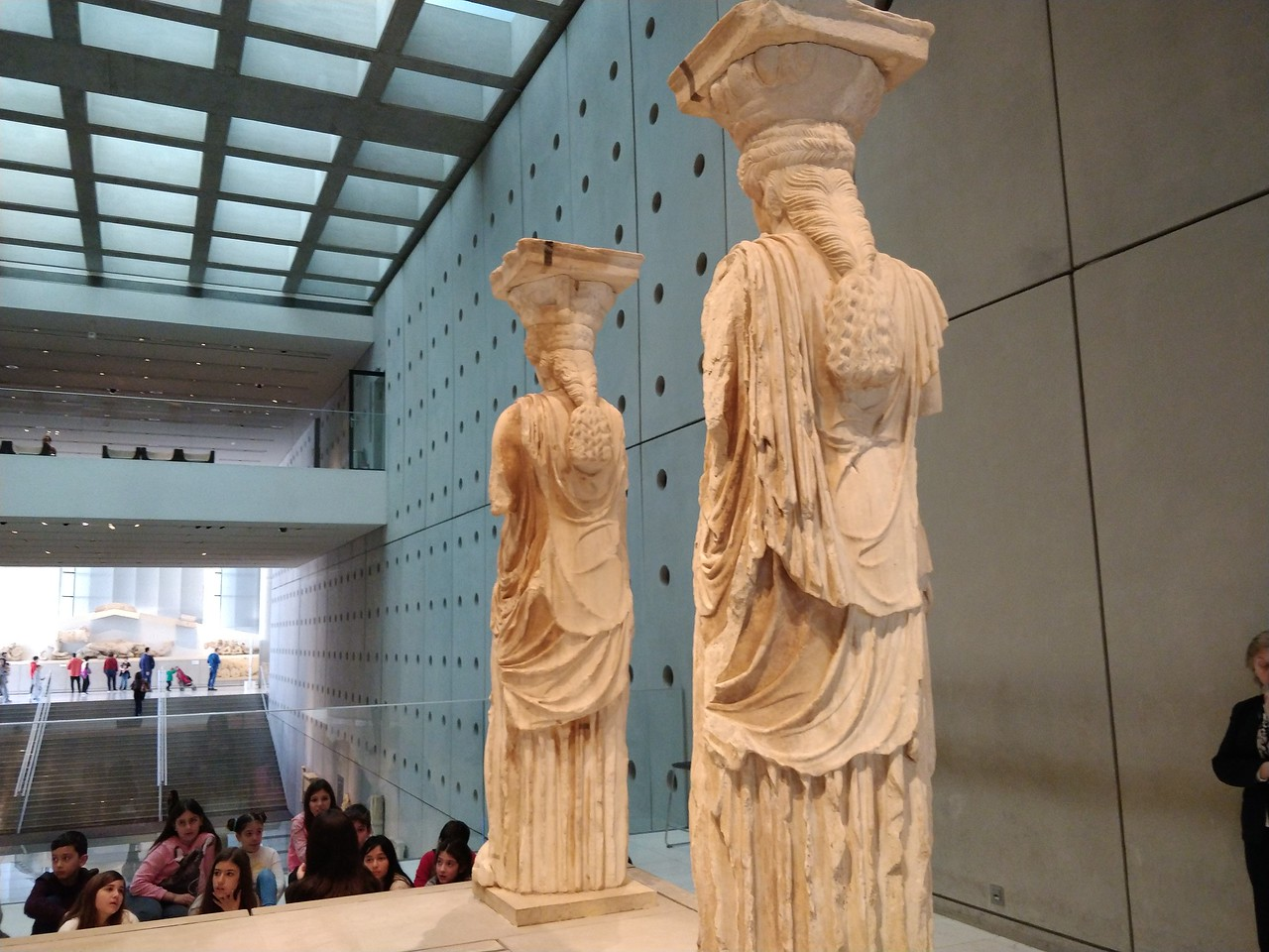054 - Acropolis Museum - Caryatid Columns 2