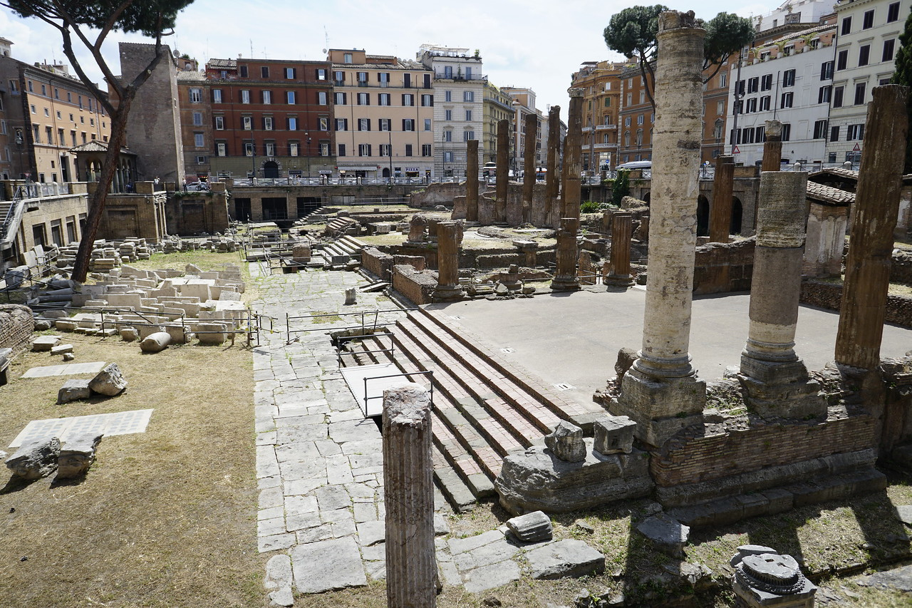 Day 04 - 027 - Rome - Largo Argentino