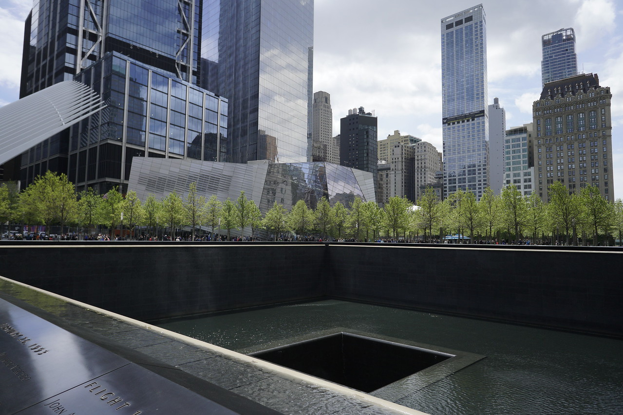 Day 02 - 015 - New York - North Tower Memorial Pool