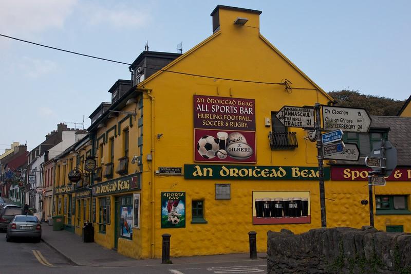 The Yellow Pub
