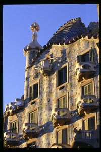 Casa Batllo facade -- morning light