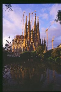 Sagrada Familia -- dawn lighting