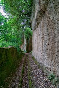 Etruscan via Cava