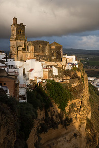 But there are many smaller towns and less well recognized sites like Arcos de la frontera
