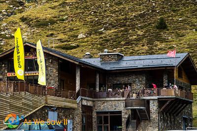 Skiing Lodge