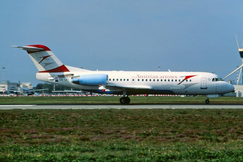 OE-LFI Fokker 70 c/n 11529 Milan-Malpensa/LIMC/MXP 24-09-06 (35mm slide)