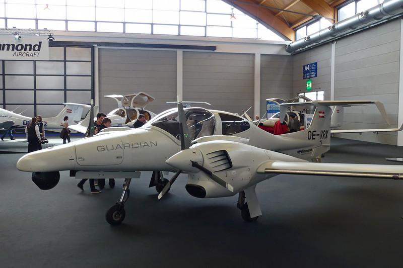 OE-VRX Diamond DA-42MPP Twin Star c/n 42.M013 Friedrichshafen/EDNY/FDH 20-04-12