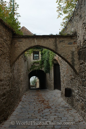 Durnstein - Passage to River