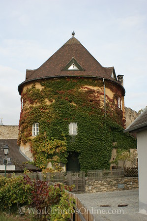 Durnstein - Tower outside city walls