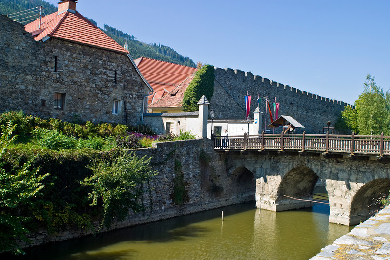 Friesach is a small Carinthian town famous for its medieval heritage, which consists alongside with some pieces of town walls and fortifications mostly an event that is annually commemorated with a festival of medieval culture.