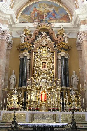 Innsbruck - Dom Zu St Jakob (Cathedral) - Altar 2