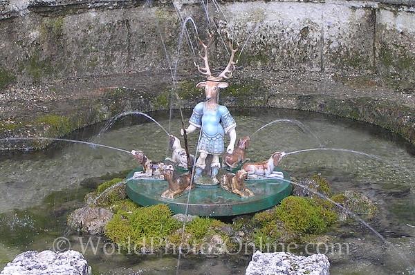Salzburg - Hellbrunn - Trick Water Garden - Elk Fountain