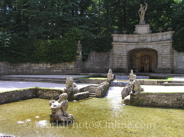 Salzburg - Hellbrunn - Trick Water Garden - Fountain 1