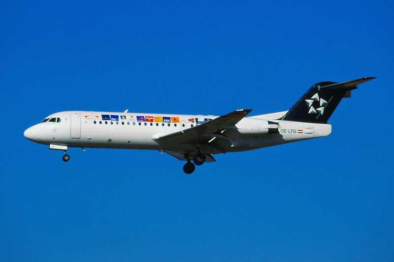 "OE-LFG Fokker 70 c/n 11549 Brussels/EBBR/BRU 20-02-03 ""Star Alliance"" (35mm slide)"