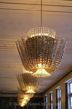 Vienna - Opera House - Chandeliers