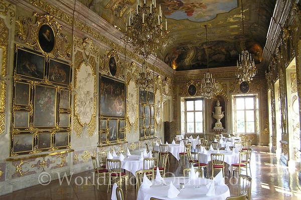 Vienna - Palais Schwarzenberg - Marmor Saal