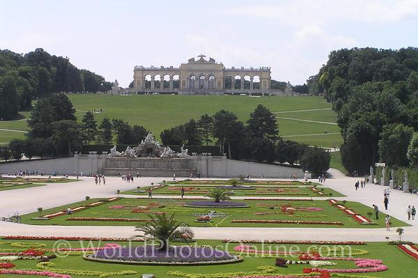 Vienna - Schonbrunn Palace Gardens & Gloriette