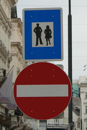 Vienna - Dancing, no entry
