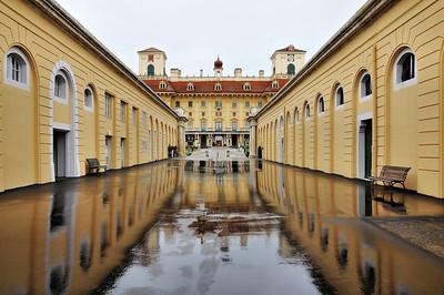 Eisenstadt - L'allée mène au palais