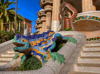 Trencadis-tiled lizard, Parc Guell