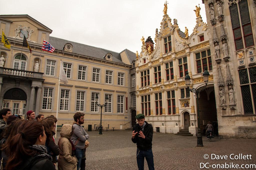 On the Brugge free walking tour