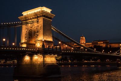Budapest Chain Bridge 4700