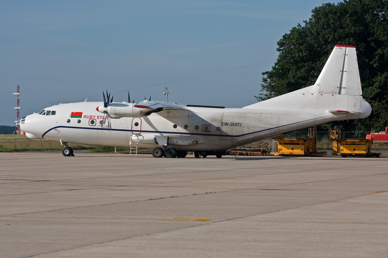 """EW-269TI Antonov An-12A """"Ruby Star"""" c/n 1340106 Maastricht-Aachen/EHBK/MST 26-07-09"""