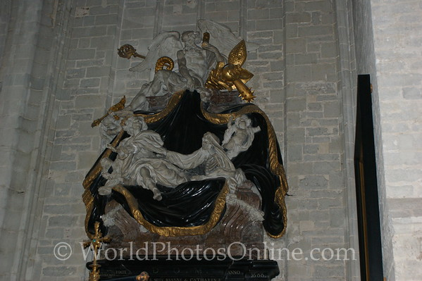 Antwerp - Cathedral - Wealthy Merchants Grave Marker
