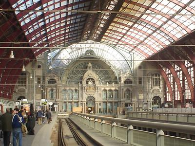 Centraal Station Platform, Antwerp (Antwerpen) - Belgium.