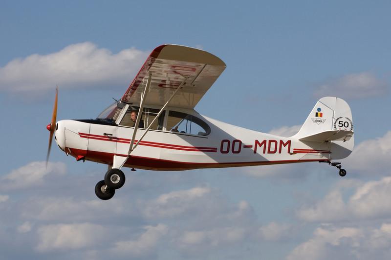 OO-MDM Aeronca 7AC Champion c/n 7AC-3623 Hasselt-Kiewit/EBZH 29-08-09