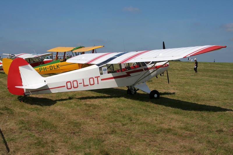 OO-LOT Piper PA-18-95 Super Cub c/n 18-3218 Schaffen-Diest/EBDT 11-08-07