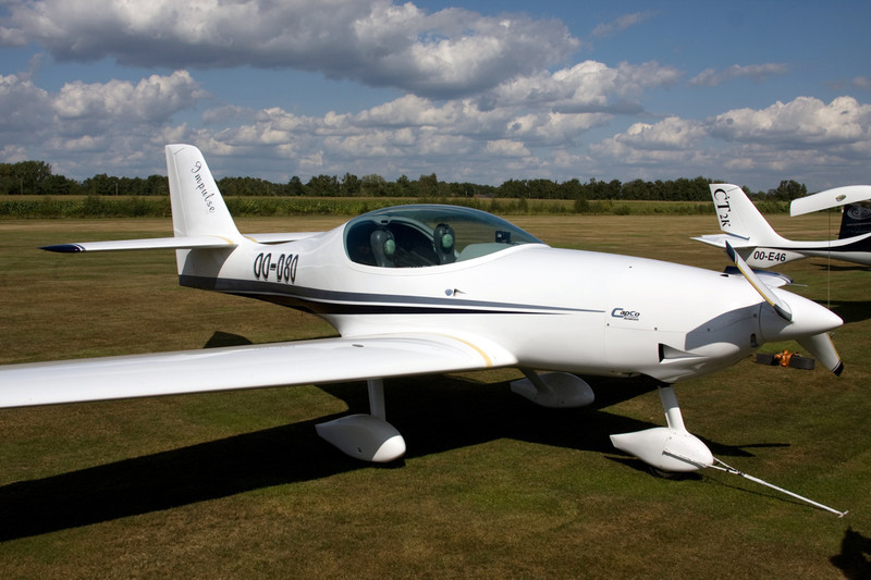 OO-D80 Impulse 100 c/n 02 Hasselt-Kiewit/EBZH 29-08-09