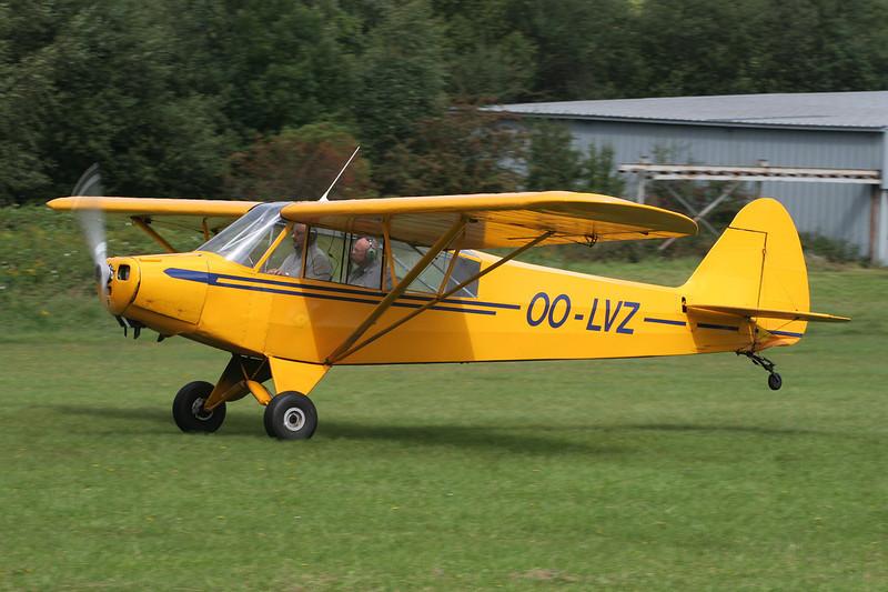 OO-LVZ Piper PA-18-95 Super Cub c/n 18-1405 Verviers-Theux/Laboru 02-09-07