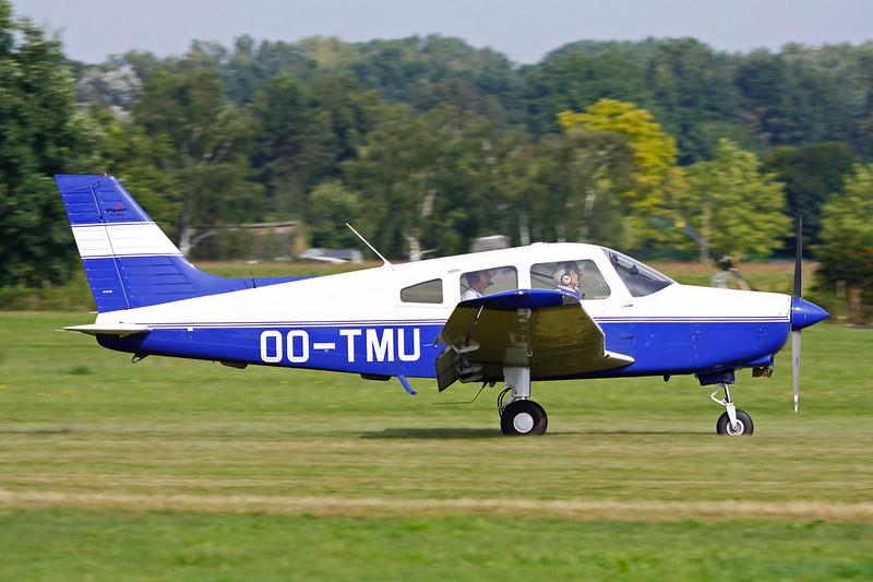 OO-TMU Piper PA-28-161 Warrior II c/n 2842343 Schaffen-Diest/EBDT 12-08-12