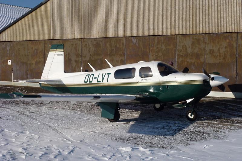 OO-LVT Mooney M.20J-205 c/n 24-3411 Genk-Zwartberg/EBZW 02-02-12