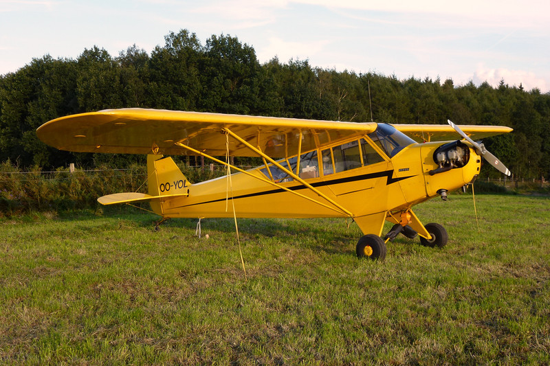 OO-YOL Piper J/3C-65 Cub c/n 12949 Verviers-Theux/EBTX 02-09-11