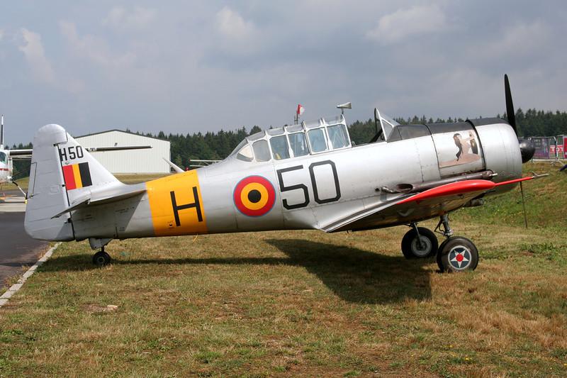 OO-DAF (H-50) Noorduyn AT-16 Harvard IIb c/n 14A-1494 Spa-La Sauveniere/EBSP 05-08-06