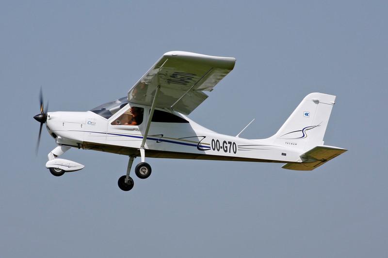 OO-G70 Tecnam P.92 Eaglet c/n 1355 Avernas/EBAV 19-08-12