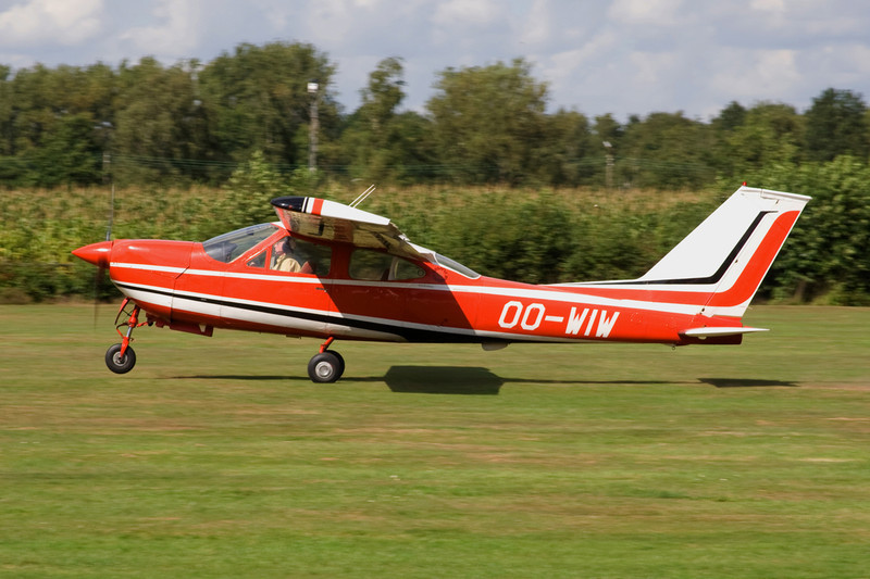 OO-WIW Reims-Cessna F.177RG Cardinal RG c/n 0053 Hasselt-Kiewit/EBZH 29-08-09