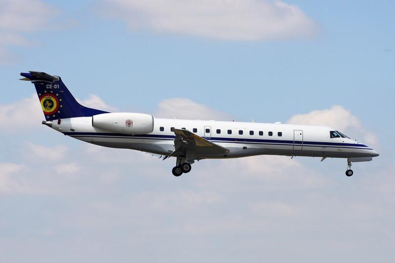 CE-01 Embraer ERJ-135LR c/n 145449 Brussels/EBBR/BRU 23-06-14