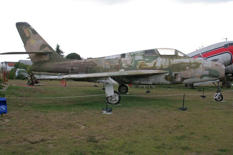 FU-29 Republic F-84F Thunderstreak c/n 52-7175 Montelimar/LFLQ/XMR 20-07-07 (NB fuselage of FU-29 with tail of FU-123)